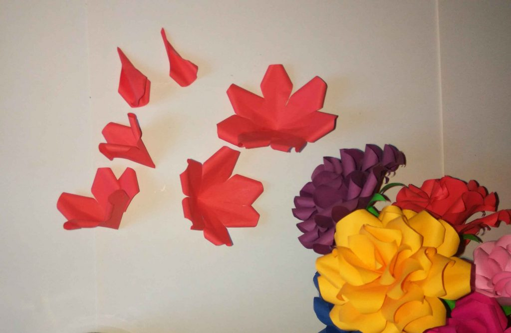 How to make paper rose easy (in five minutes)