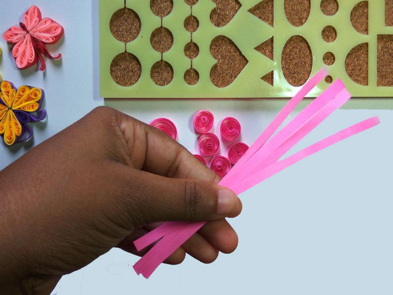 How to make paper quilling butterfly (step by step)