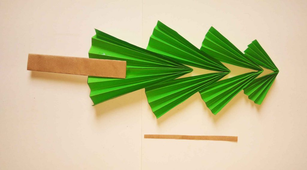 How to make Christmas tree with paper (easy)