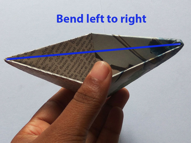 How to fold a newspaper boat (easy)