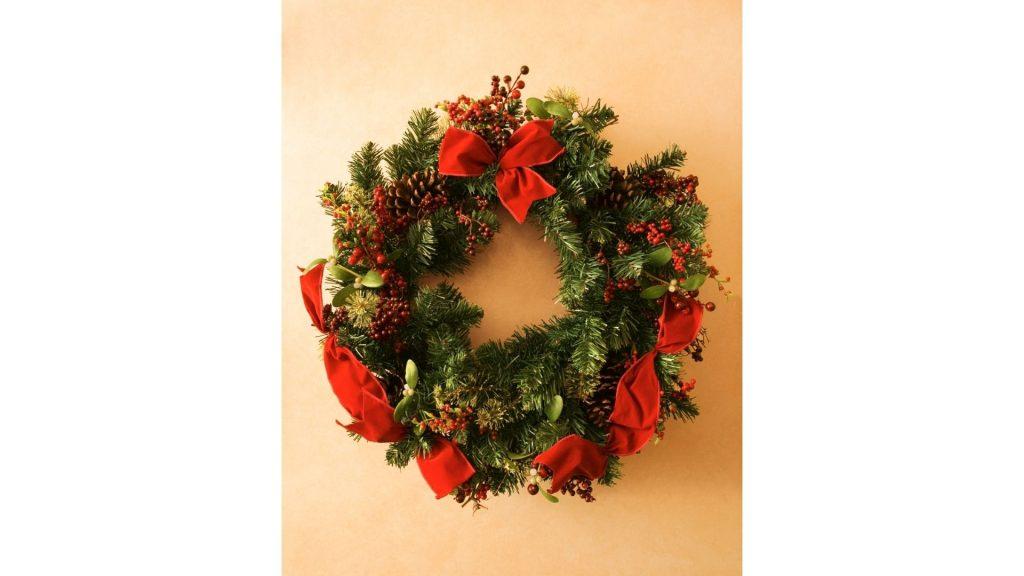 How to make a Christmas wreath bow