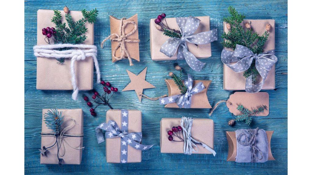 How to make Christmas gift bags